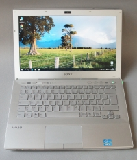 Core i3(2Gen.) Sony Vaio VPC SB