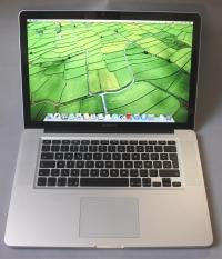 Core i7QM(Quad) 15 MacBook Pro Early 2011(256 ssd)